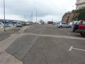 Zona d'aparcament de la Nevera Antiga