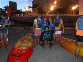 """Activitat: Sortida nocturna de caiac + """"mojito"""" - Mar Natura"""