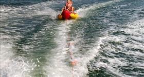 Accessories rental: (inflatable, wakeboard, snorkel) - Top Fisher